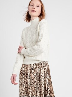 Bananarepublic Cable-Knit Cropped Sweater